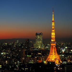 Take a tour bus around Tokyo