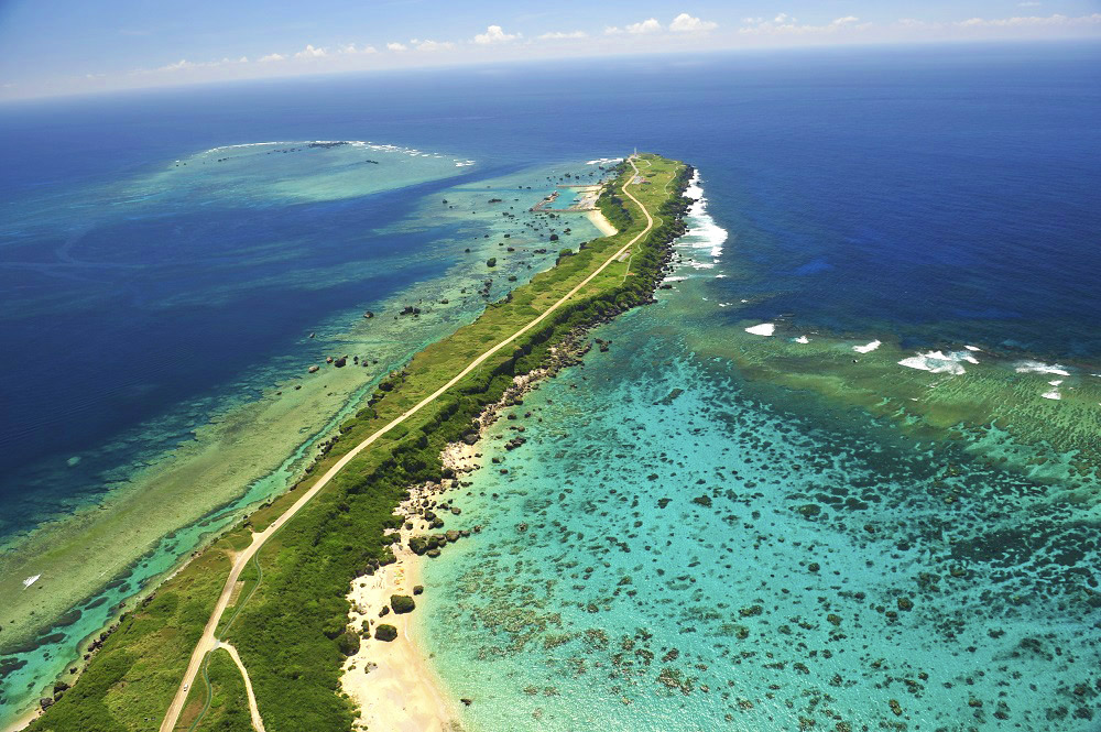 Scenic Spots and Cuisine of Miyakojima